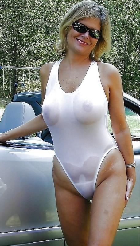 Milf Badeanzug