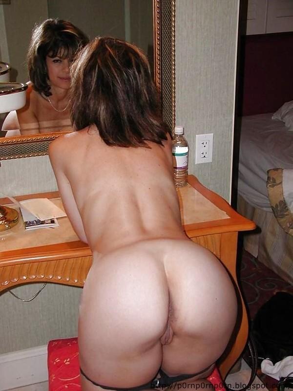 Cul de boob sexy