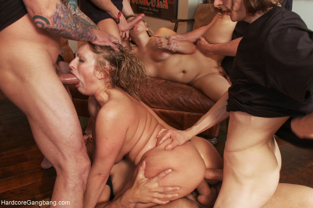 Blonde party slut gets her mouth filled with warm cum